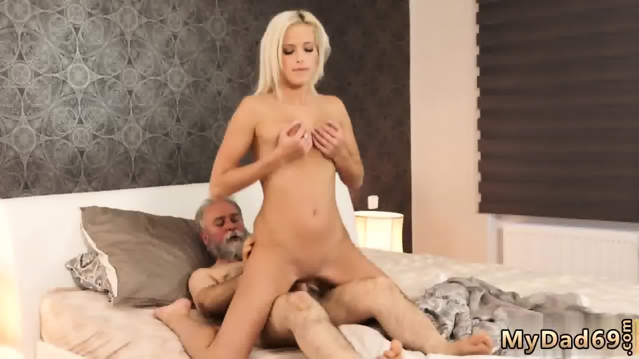 HOT MOVIE Pussy oral toys fisting